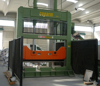 Maszyny tnące role papieru - Maszyny do recyklingu